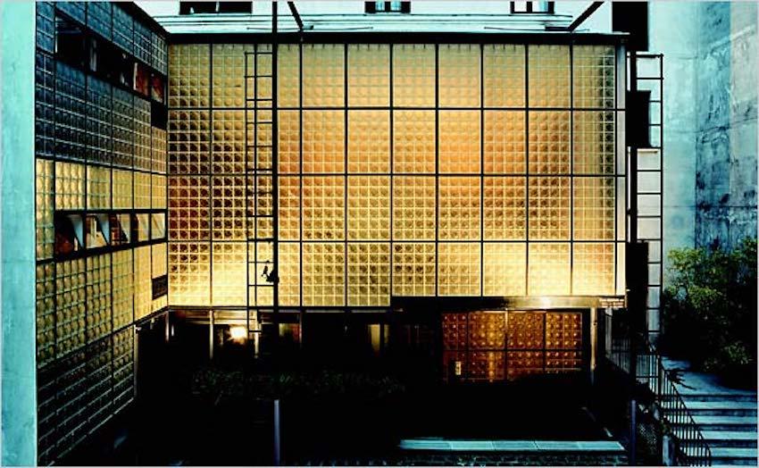maison-de-verre-exterior-mark-lyon
